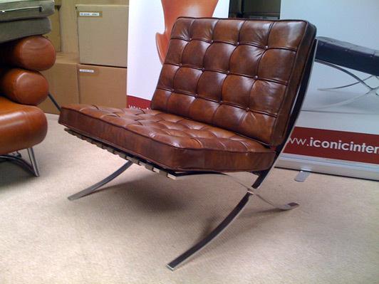 1932 barcelona chair
