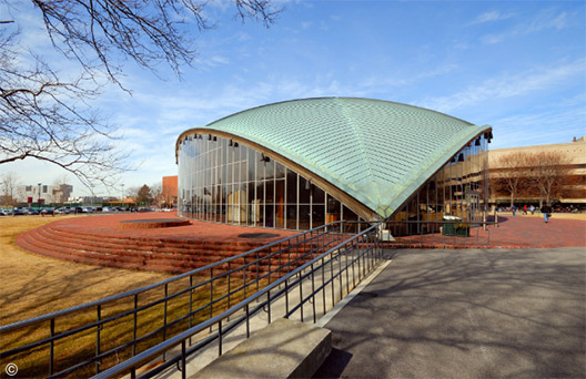 Kresge Auditorium saarinen