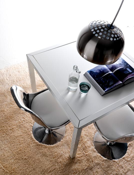 Aluminium tulip chair1