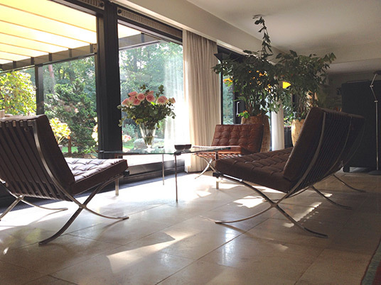 Antique barcelona chairs02