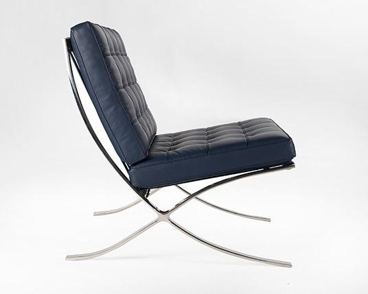 Barcelona blue chair3