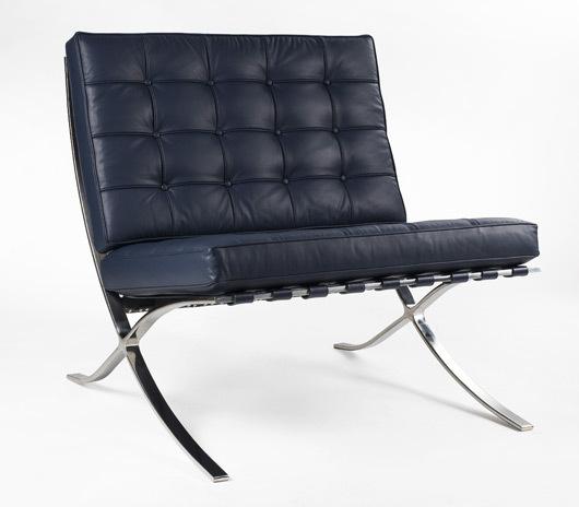 Barcelona chair blue 01