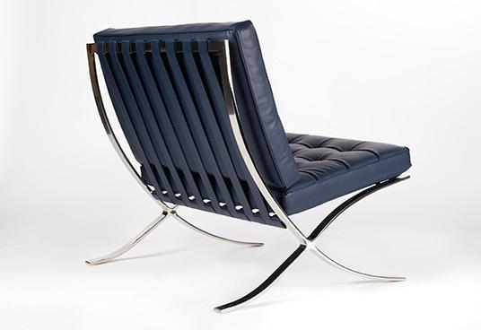 Barcelona chair blue2