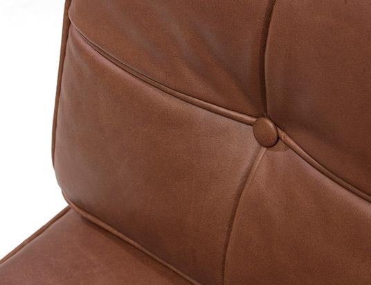Barcelona chair chestnut