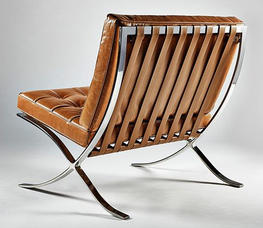 Barcelona chair tan01