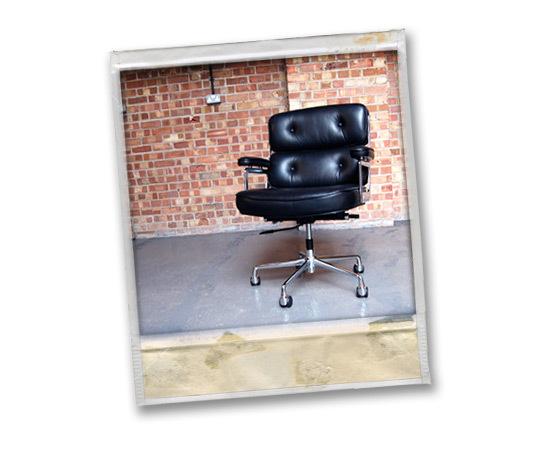 Black eames lobby chair
