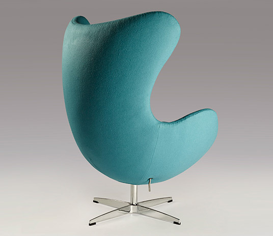 Cyan egg chair 01