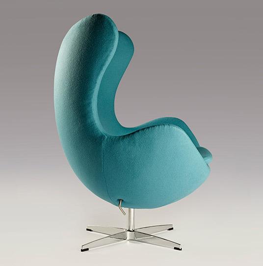 Cyan egg chair 02