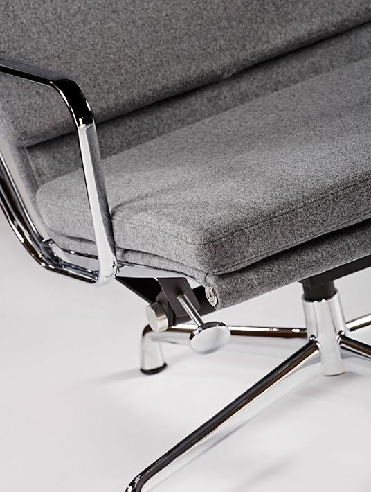 Ea222 lounge chair wool