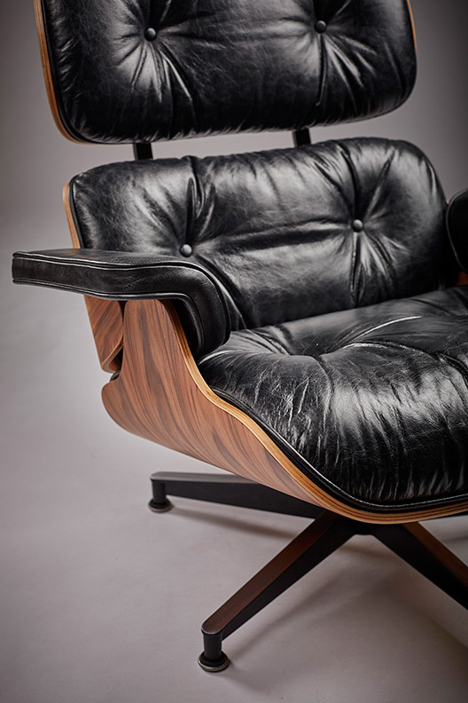 Eames lounge distressed blog