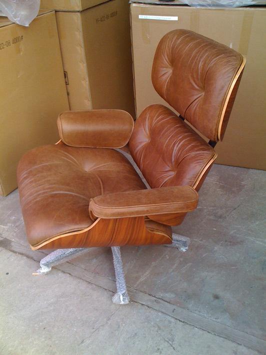 Eames lounger antique002