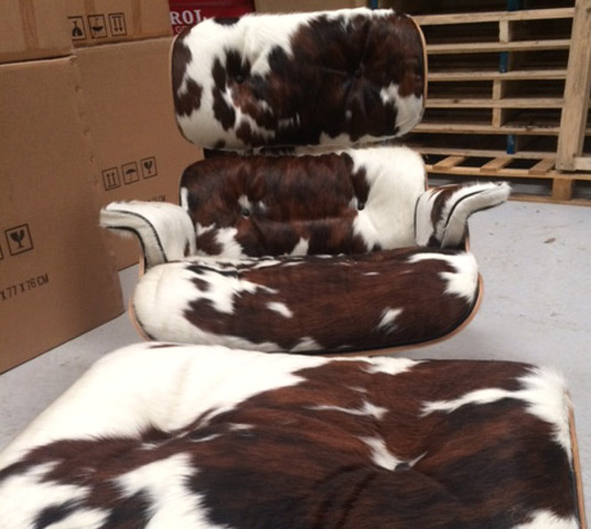 Eames lounger pony skin01