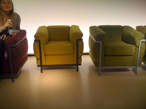 Feather chairs lc2