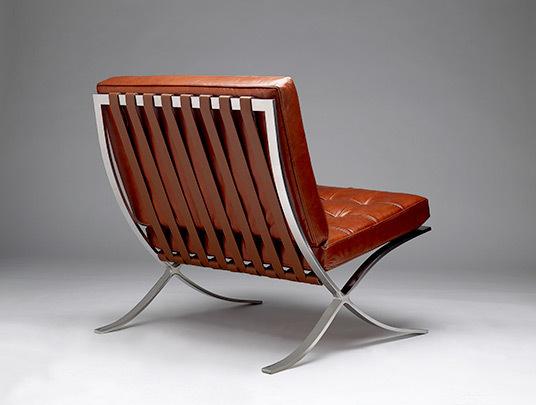 Vintage barcelona chair1