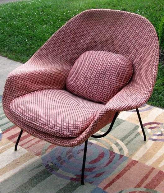 Vintage womb chair