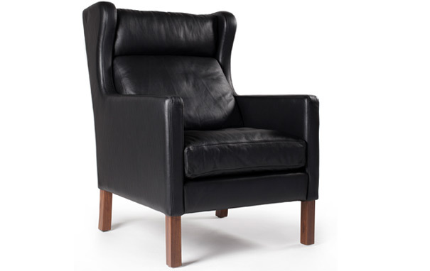 Photograph of 2204 Wing Chair