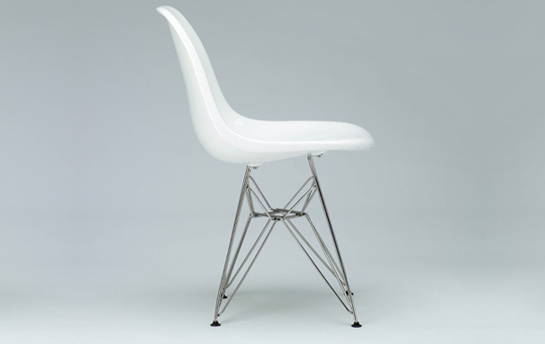 Photograph of Eames Style DSR Dining Chair