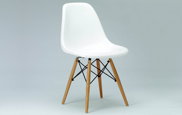 Photograph of Eames Style DSW Dining Chair
