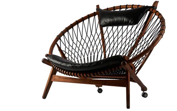 Hans wegner circle chairCircle chair